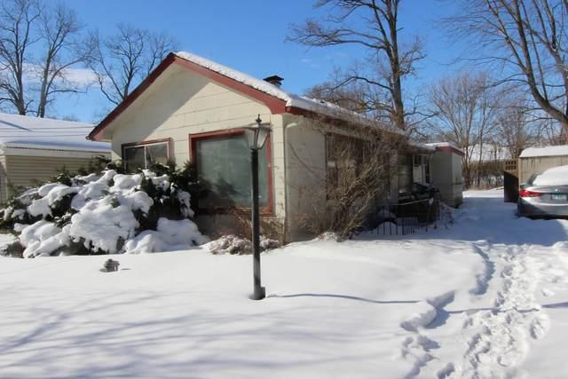 12 Ridgeland Avenue, Fox Lake, IL 60020 (MLS #10992198) :: The Dena Furlow Team - Keller Williams Realty