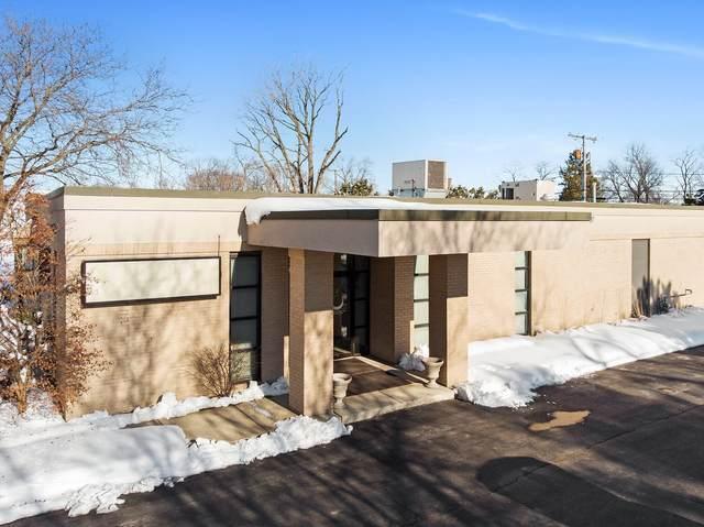 15259 Vincennes Road, Phoenix, IL 60426 (MLS #10993985) :: Jacqui Miller Homes