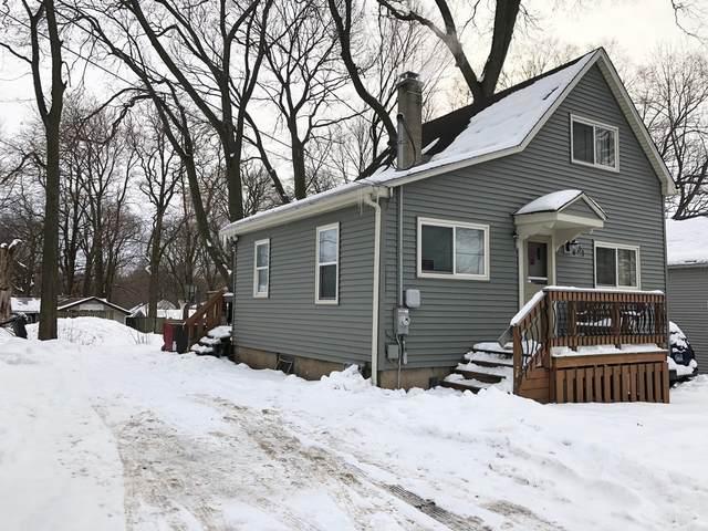 81 Lawrence Avenue, Fox Lake, IL 60020 (MLS #10994935) :: The Dena Furlow Team - Keller Williams Realty