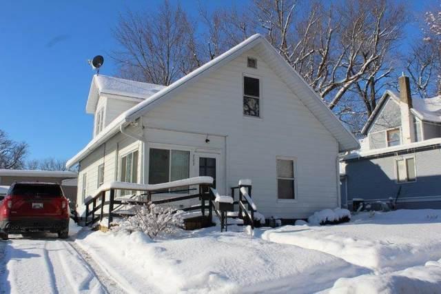 203 E High Street, Morrison, IL 61270 (MLS #10996259) :: Jacqui Miller Homes