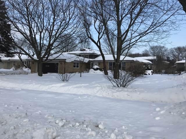 7713 Florence Avenue, Darien, IL 60561 (MLS #10996408) :: Touchstone Group