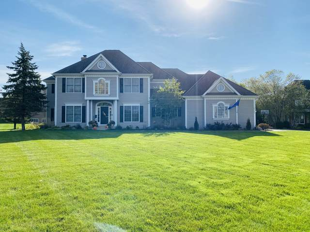 24765 N Golden Oat Circle, Cary, IL 60013 (MLS #10996940) :: Helen Oliveri Real Estate