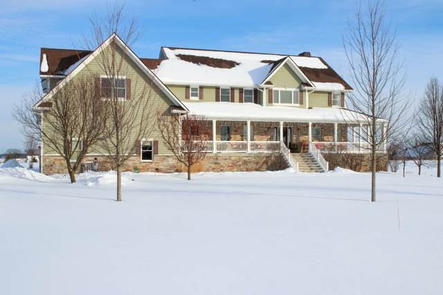 10515 405th Avenue, Genoa City, WI 53128 (MLS #10998643) :: The Dena Furlow Team - Keller Williams Realty