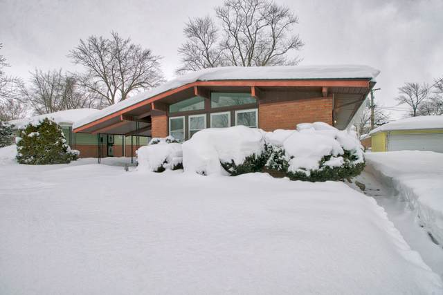 15307 Hastings Drive, Dolton, IL 60419 (MLS #10998771) :: Jacqui Miller Homes