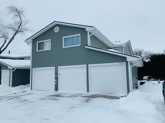 17429 W Chestnut Lane, Gurnee, IL 60031 (MLS #11000284) :: RE/MAX IMPACT