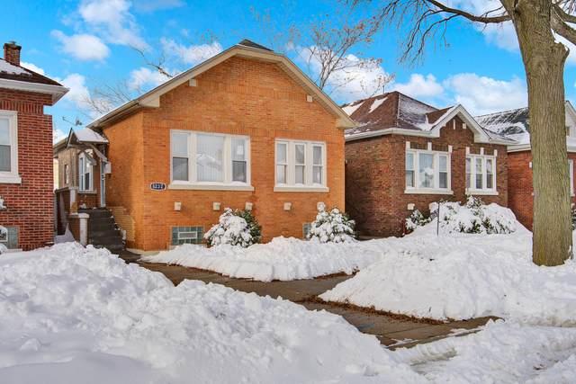 8232 S Ridgeland Avenue, Chicago, IL 60617 (MLS #11000499) :: Jacqui Miller Homes