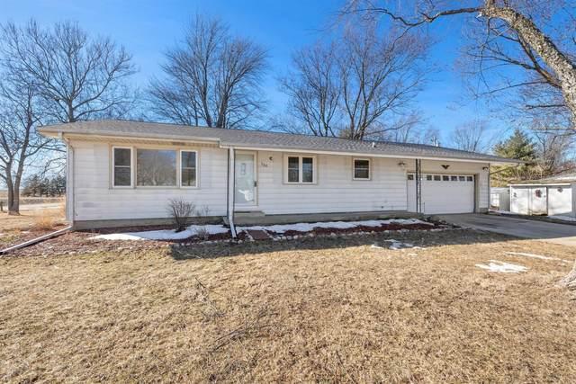 304 S 1st Street, TOLONO, IL 61880 (MLS #11000560) :: Ryan Dallas Real Estate