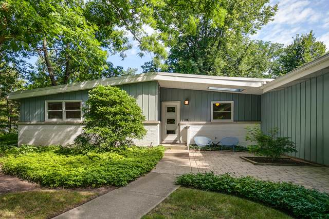 116 W Washington Avenue, Lake Bluff, IL 60044 (MLS #11000988) :: The Dena Furlow Team - Keller Williams Realty