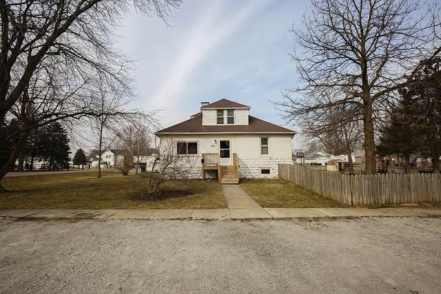 208 S Elm Street, Lexington, IL 61753 (MLS #11001996) :: Jacqui Miller Homes