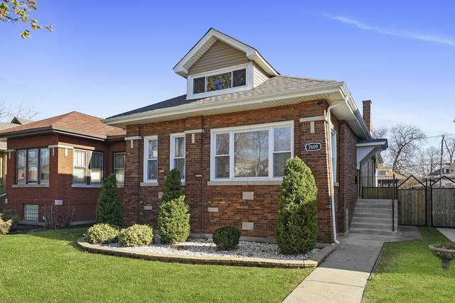 7609 S Clyde Avenue, Chicago, IL 60649 (MLS #11002244) :: The Dena Furlow Team - Keller Williams Realty
