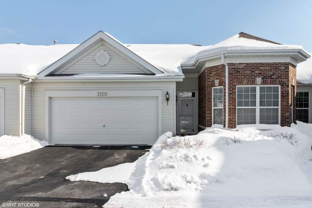 21211 Bluebill Lake Court, Crest Hill, IL 60403 (MLS #11002567) :: The Dena Furlow Team - Keller Williams Realty