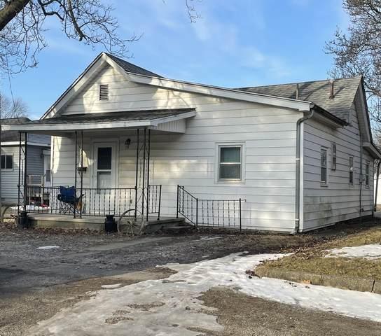 18 Center Street, Hume, IL 61932 (MLS #11003778) :: Ryan Dallas Real Estate