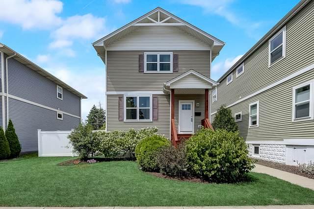 4142 Grove Avenue, Brookfield, IL 60513 (MLS #11004113) :: Charles Rutenberg Realty