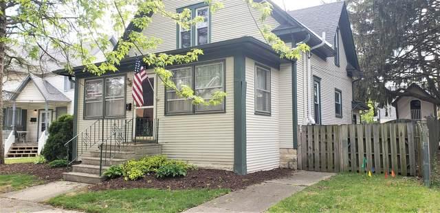 211 Maplewood Avenue, Dekalb, IL 60115 (MLS #11004532) :: Helen Oliveri Real Estate