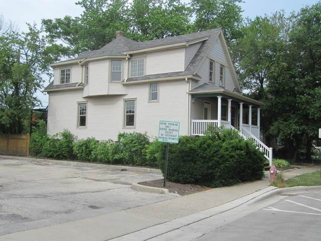48 E Quincy Street, Riverside, IL 60546 (MLS #11004693) :: Ani Real Estate