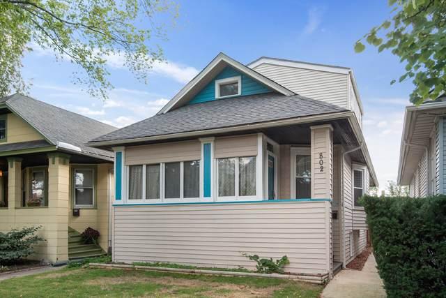 802 N Taylor Avenue, Oak Park, IL 60302 (MLS #11004889) :: Angela Walker Homes Real Estate Group