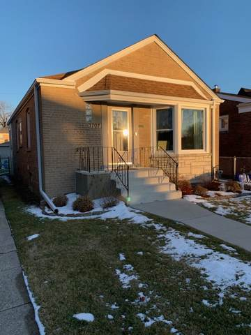 1707 N 76th Avenue, Elmwood Park, IL 60707 (MLS #11004893) :: Janet Jurich