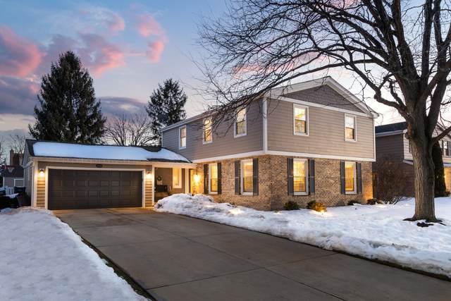 1004 Iroquois Avenue, Naperville, IL 60563 (MLS #11005206) :: Jacqui Miller Homes