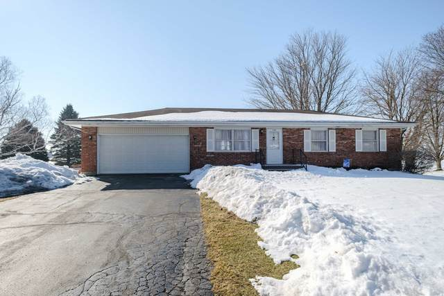 109 Meadow Lane, Monroe Center, IL 61052 (MLS #11006192) :: The Spaniak Team