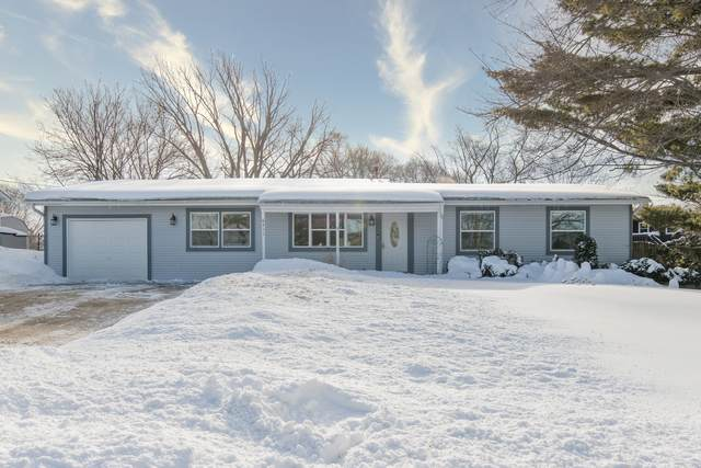 6411 Lakewood Drive, Cary, IL 60013 (MLS #11006263) :: Ryan Dallas Real Estate