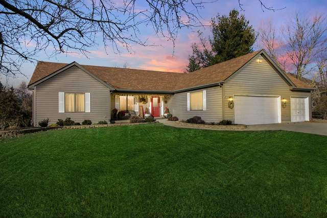 8 Bury Court, Sugar Grove, IL 60554 (MLS #11006699) :: RE/MAX IMPACT