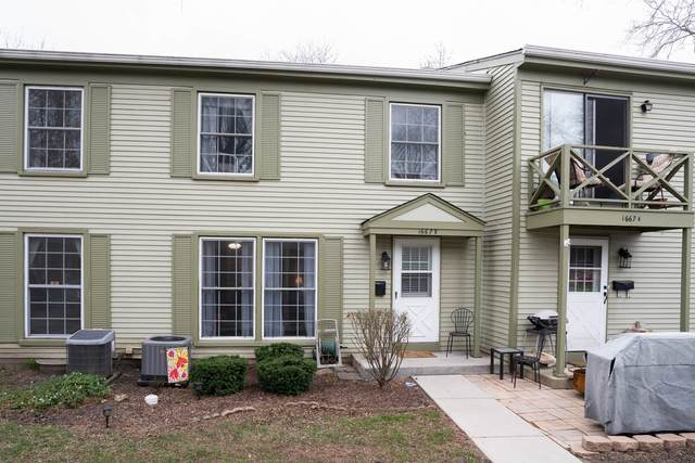 1667 Valley Forge Court B, Wheaton, IL 60189 (MLS #11006795) :: RE/MAX IMPACT