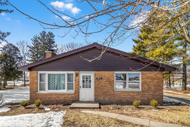 1011 S Main Street, Yorkville, IL 60560 (MLS #11007251) :: Carolyn and Hillary Homes