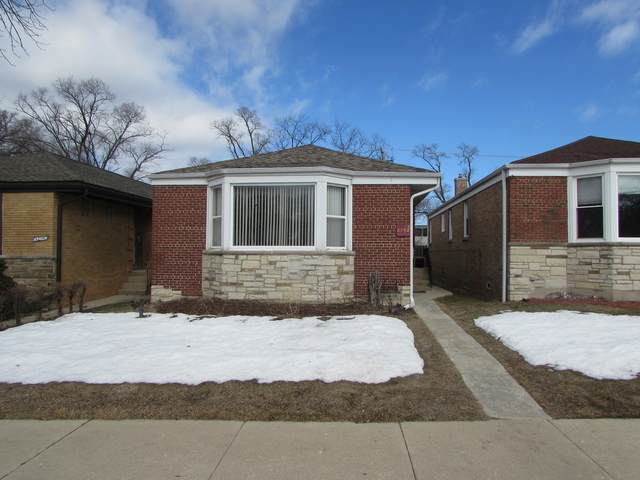 2752 W Jerome Street, Chicago, IL 60645 (MLS #11007776) :: Jacqui Miller Homes