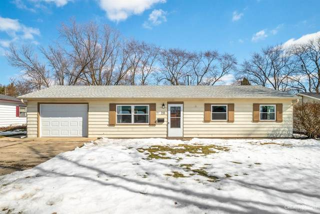 211 W Arrowhead Street, North Aurora, IL 60542 (MLS #11007838) :: The Dena Furlow Team - Keller Williams Realty
