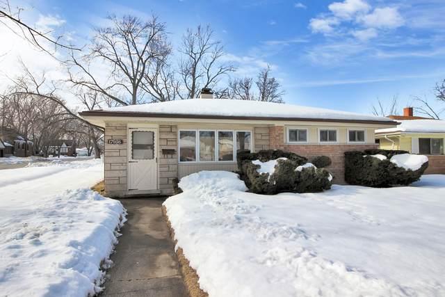17956 Oakwood Avenue, Lansing, IL 60438 (MLS #11007925) :: The Dena Furlow Team - Keller Williams Realty