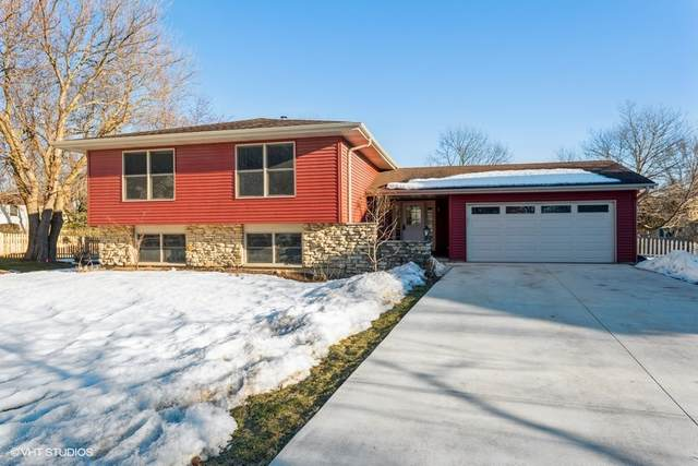 105 Dartmouth Court, Geneva, IL 60134 (MLS #11008304) :: Suburban Life Realty