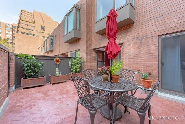 801 S Plymouth Court F, Chicago, IL 60605 (MLS #11009210) :: The Perotti Group