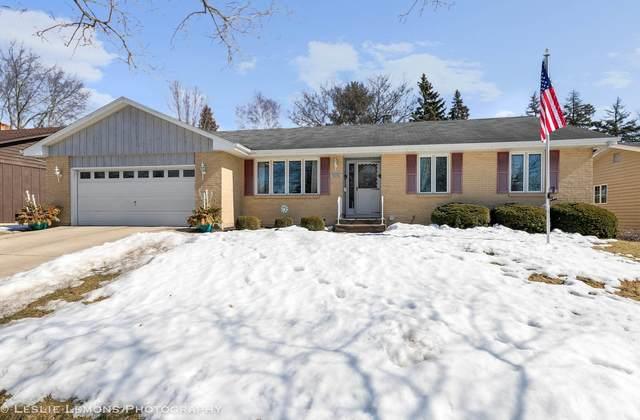 1616 Pickwick Lane, Dekalb, IL 60115 (MLS #11010083) :: Ryan Dallas Real Estate