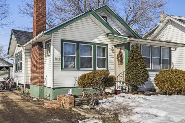 2139 S 4th Street, Rockford, IL 61104 (MLS #11010194) :: Charles Rutenberg Realty