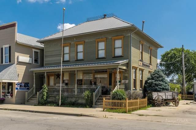 128 S Main Street, Sandwich, IL 60548 (MLS #11010591) :: Ryan Dallas Real Estate