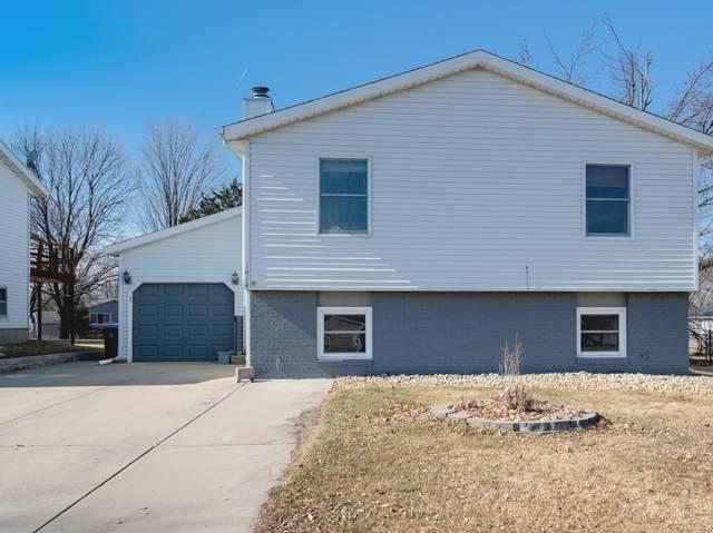 1414 N Hershey Road, Bloomington, IL 61704 (MLS #11010600) :: John Lyons Real Estate