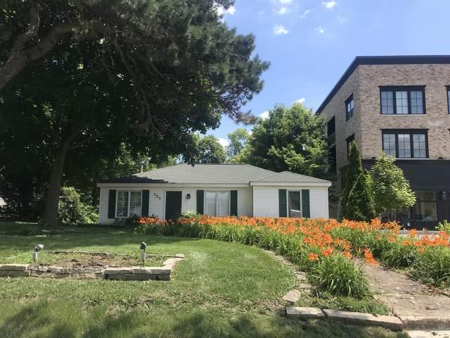 724 N Washington Street, Naperville, IL 60563 (MLS #11011405) :: Angela Walker Homes Real Estate Group
