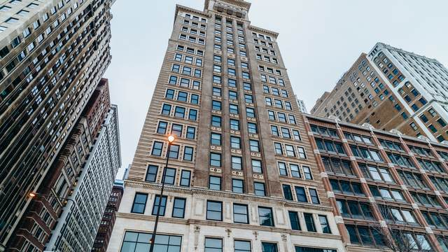 6 N Michigan Avenue #702, Chicago, IL 60602 (MLS #11012919) :: The Perotti Group