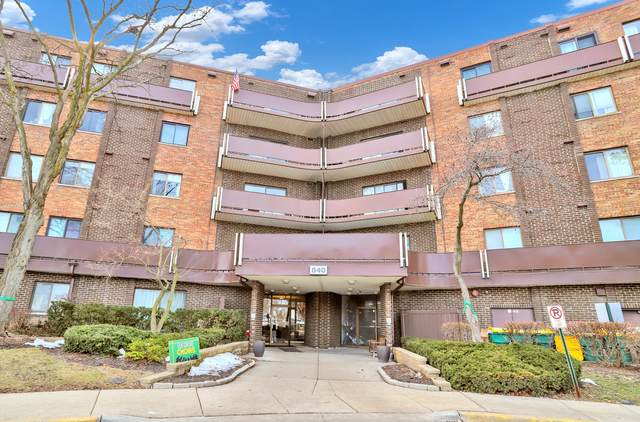 840 Wellington Avenue #215, Elk Grove Village, IL 60007 (MLS #11014906) :: The Spaniak Team