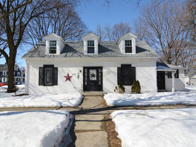 118 S 7th Street, West Dundee, IL 60118 (MLS #11016325) :: Helen Oliveri Real Estate