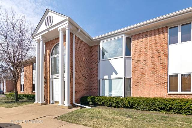 1503 N Milwaukee Avenue 1B, Libertyville, IL 60048 (MLS #11017190) :: RE/MAX IMPACT