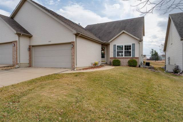 465 Beechwood Court, Normal, IL 61761 (MLS #11017740) :: The Dena Furlow Team - Keller Williams Realty