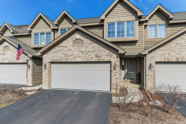 544 Silver Aspen Circle, Crystal Lake, IL 60014 (MLS #11018316) :: The Dena Furlow Team - Keller Williams Realty