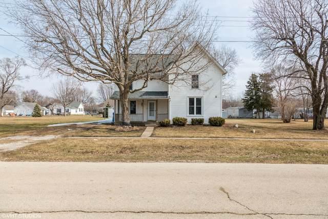 106 S School Street, Atkinson, IL 61235 (MLS #11018704) :: Helen Oliveri Real Estate