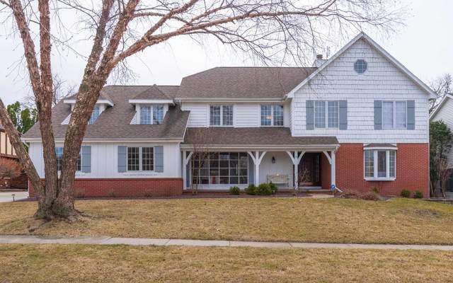 11 Jodi Lane, Bloomington, IL 61701 (MLS #11019522) :: Helen Oliveri Real Estate