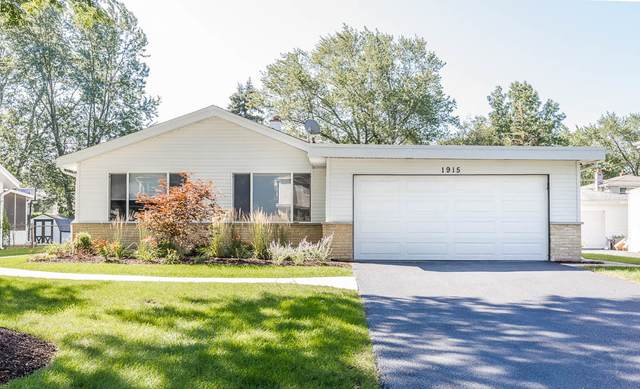 1915 E Pawnee Lane, Mount Prospect, IL 60056 (MLS #11020379) :: The Spaniak Team