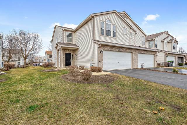 1877 Candlelight Circle #1877, Montgomery, IL 60538 (MLS #11021275) :: The Dena Furlow Team - Keller Williams Realty
