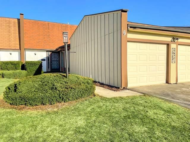 6 Sweetwood Court, Indian Head Park, IL 60525 (MLS #11022283) :: The Dena Furlow Team - Keller Williams Realty