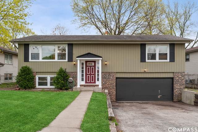 11 E Chevy Chase Drive, Buffalo Grove, IL 60089 (MLS #11026132) :: RE/MAX IMPACT