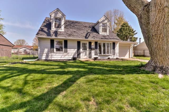 2302 E Vermont Avenue, Urbana, IL 61802 (MLS #11026565) :: Helen Oliveri Real Estate